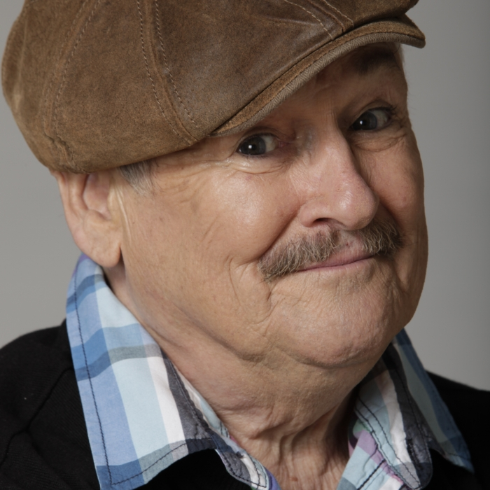 BOBBY BALL stars in new sitcom